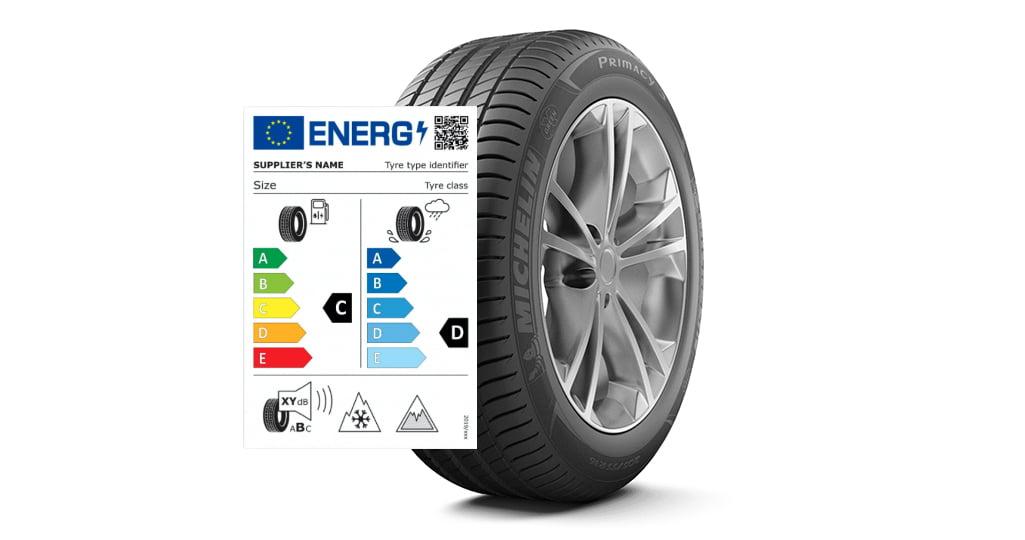 EU däckmärkning: denna dekal eller dess information ska finnas då du köper nya däck.