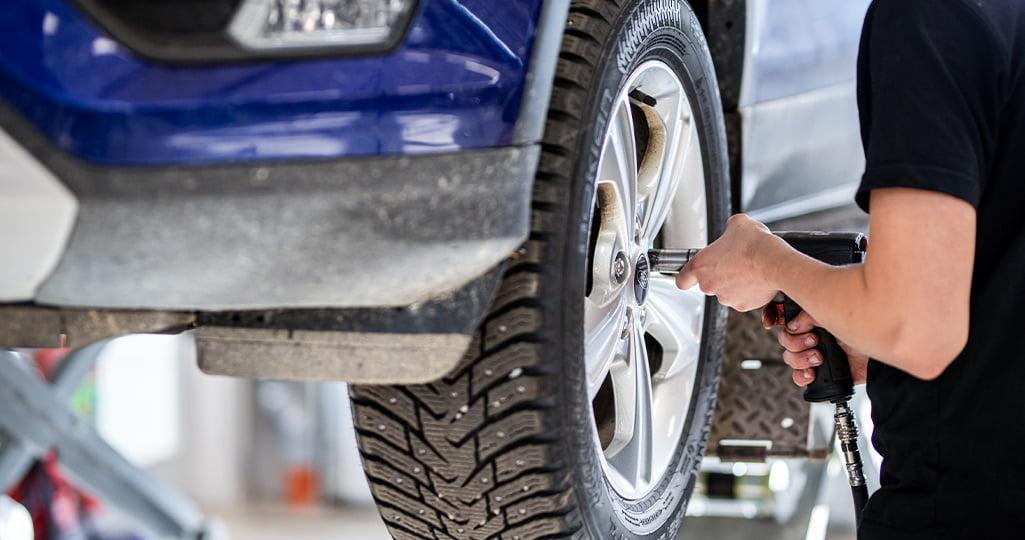 Boka hjulskifte i vår däckverkstad